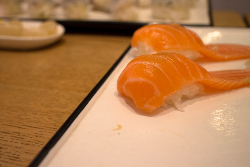 별스시 Star Sushi Salmon 연어 normal cut