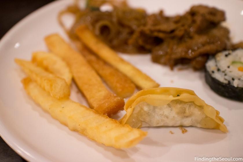 자연밥상 Natural Food 만두 french fry