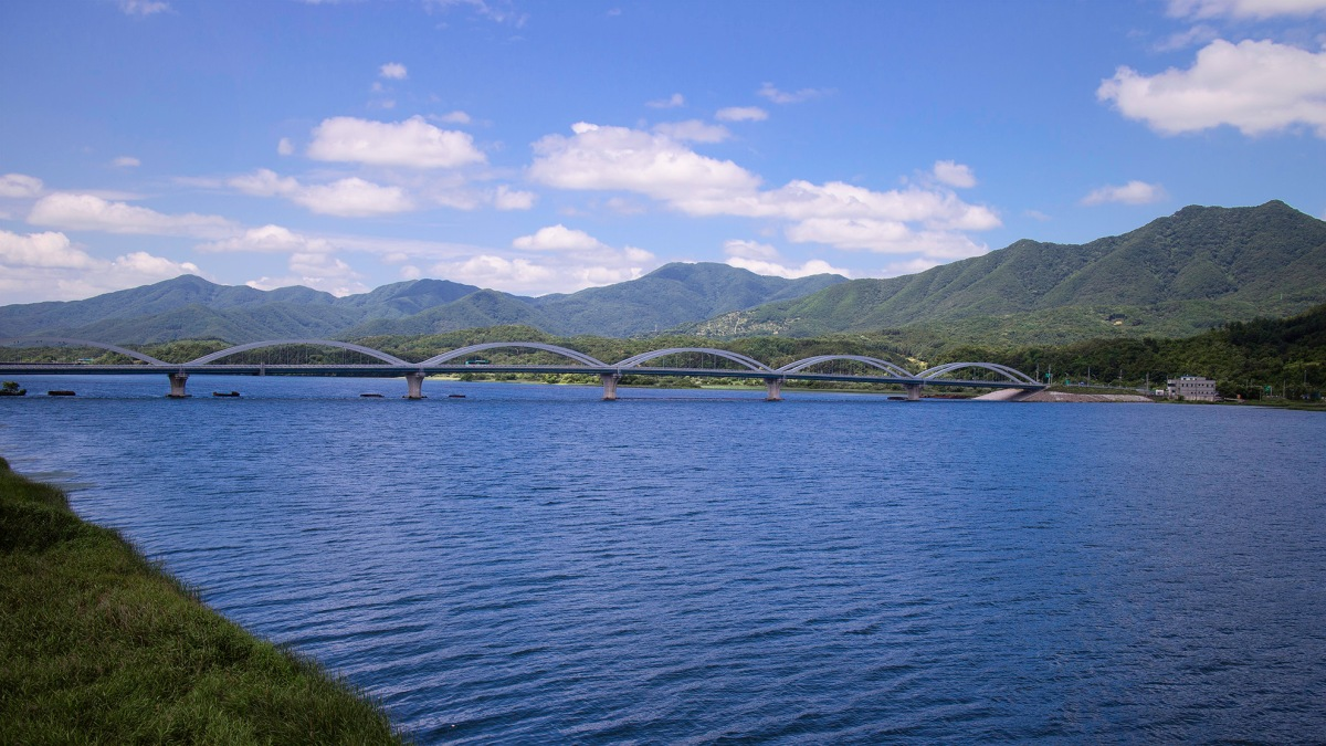 Paldang Dam (팔당댐): A Beautiful Countryside Bike Ride Area